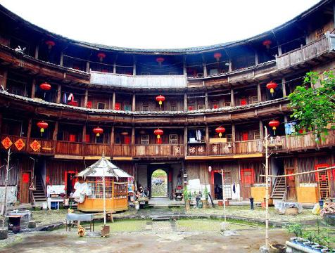 漳州必游景点 裕德楼位于福建省漳州南靖县书洋镇塔