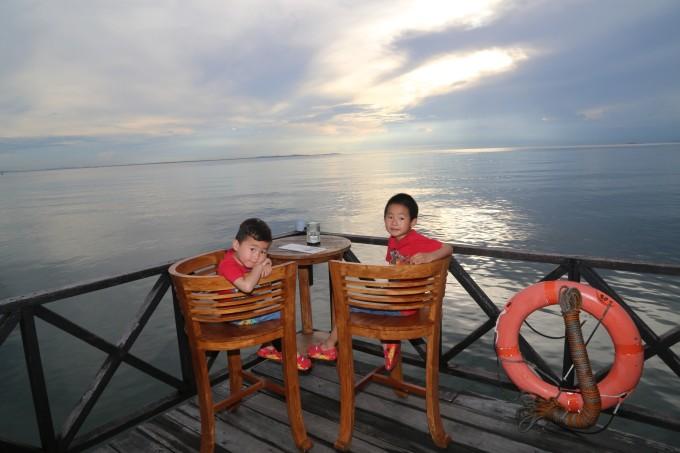 1新加坡,印尼民丹岛,港澳十一日亲子游