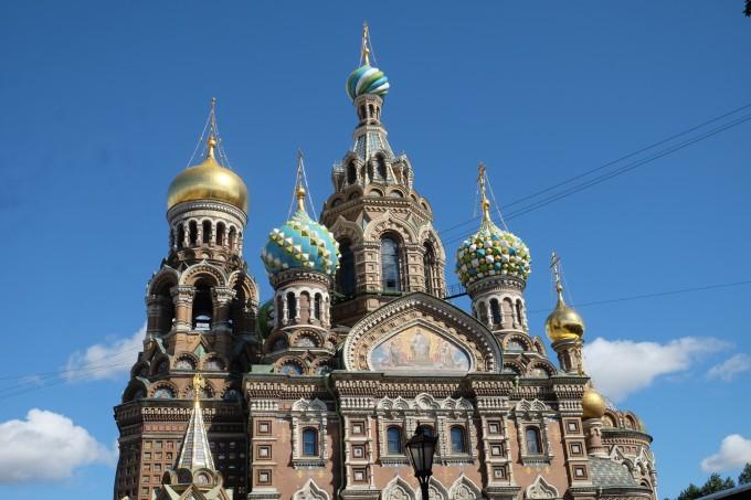 从莫斯科到圣彼得堡