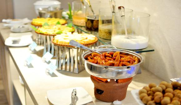 芽庄liberty国际四星酒店自助餐