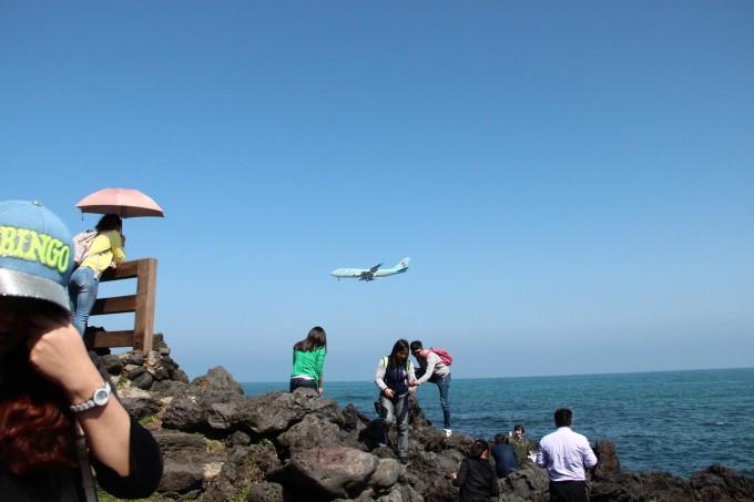 飞机降落的那一刻突然觉得这次济州之旅真是惊天地泣