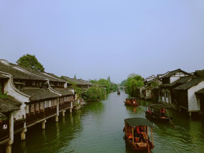 夏天河边风景简笔画